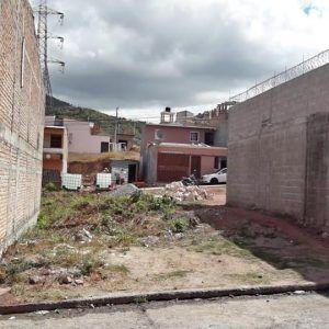 Terreno Col. Prados Universitarios
